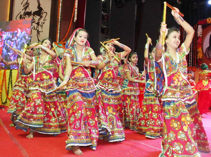 mvm bhopal student presented cultural programme