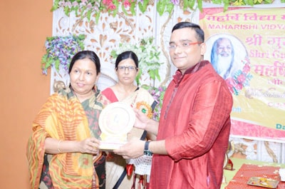 memento was presented to smt manju shivach, MLA modi nagar and all other dignitaries
